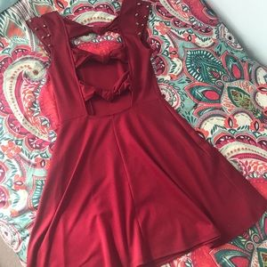 Adorable Skater Style Dress w/open Knotted Back